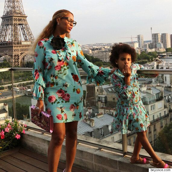 비욘세와 딸 블루 아이비의 '쌍둥이 룩'은 정말