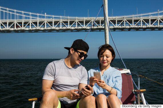 남성과 여성은 '소셜 미디어를 통한 외도'에 대한 인식이