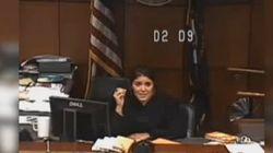 판사는 이렇게 죄수를 법정에 보낸 구치소를