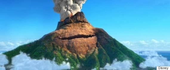 하와이 킬라우에아 화산의 용암이 미소를