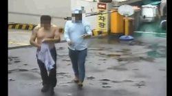 서울 도봉구의 한 아파트에서 폭력배 3명이 아파트 경비원을 무차별