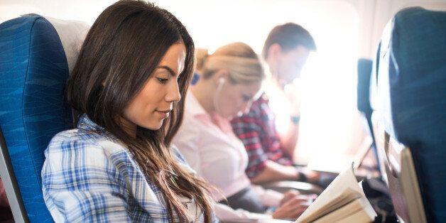 국제선 비행기에서 더 잘 자는