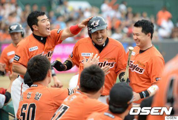 한화 4연승 8위 점프, 삼성 창단 첫 10위