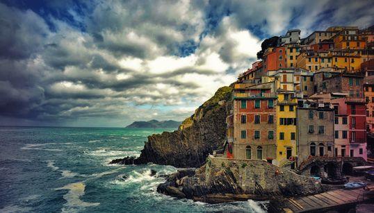 걸어서 여행하면 좋은 이탈리아 바닷가 마을