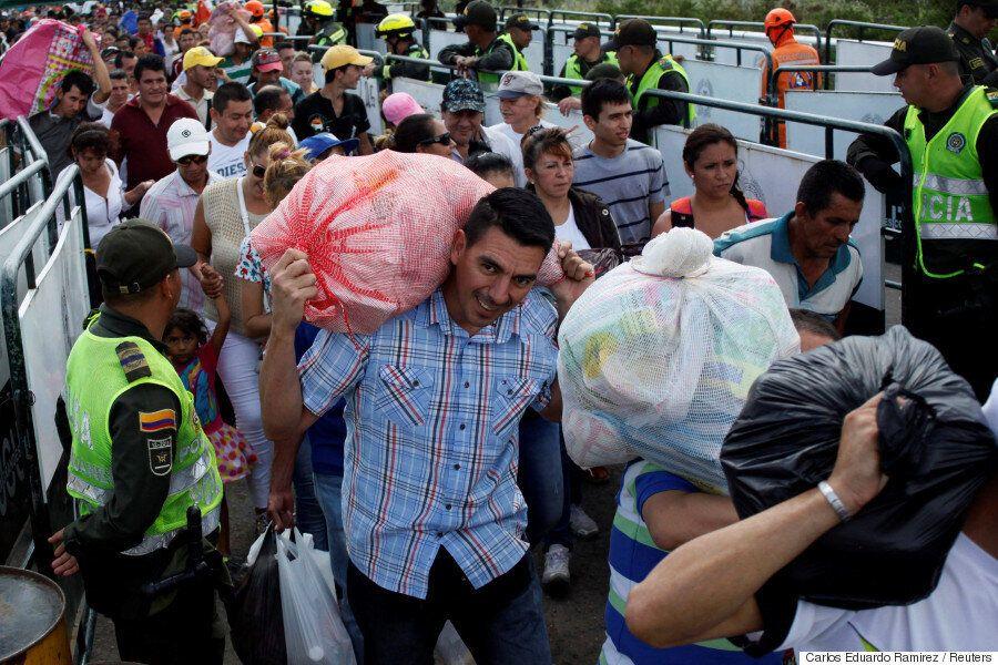 식량과 생필품을 구하기 위해 12만명의 베네수엘라 국민들이 국경을 넘었다