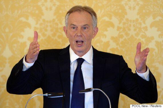 토니 블레어가 이라크전 참전 결정에 대해 눈을 똑바로 뜨고