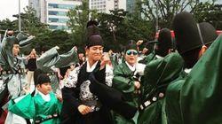 박보검이 서울 한복판에서 '붐바스틱' 댄스를