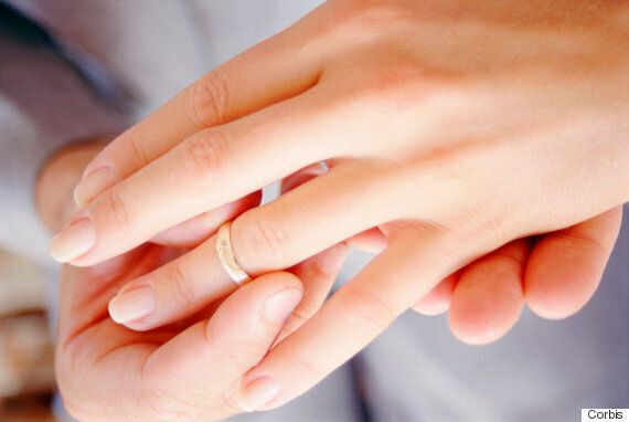최근 결혼여성 31%는 신혼집 비용을
