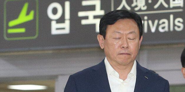 검찰, 롯데그룹 총괄회장 신격호·회장 신동빈