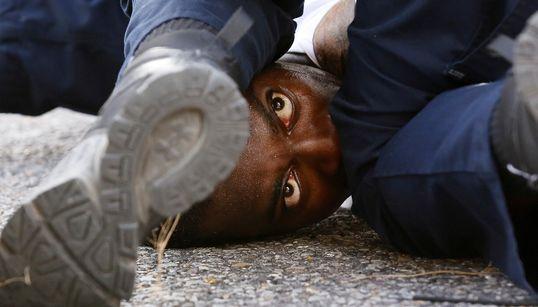미국 흑인들의 시위가 다시 불붙고