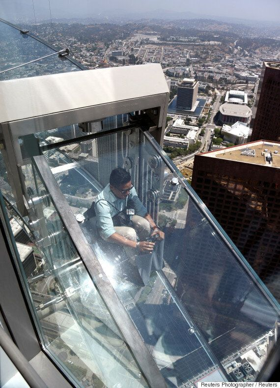 300미터 상공에서 탈 수 있는 유리 미끄럼틀, 스카이슬라이드가