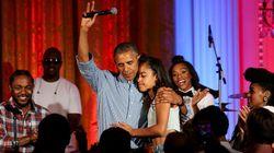 오바마가 딸 말리아에게 불러주는 생일 축하