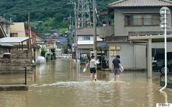 폭우로 물에 잠긴 일본
