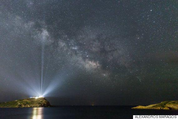 그리스에서 찍힌 은하계 사진은 숨이 멎을 정도로