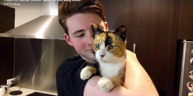 실종된 고양이가 8년 만에 집으로
