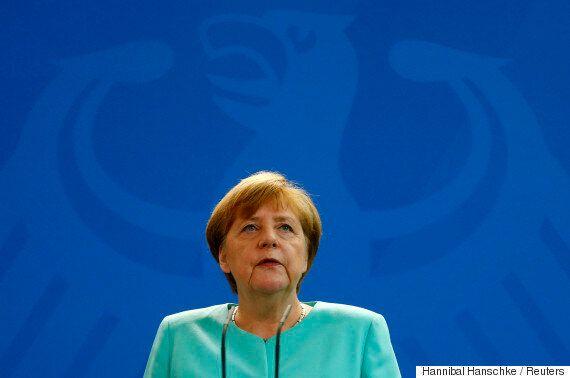 메르켈 독일 총리는 'EU탈퇴' 영국을 거세게
