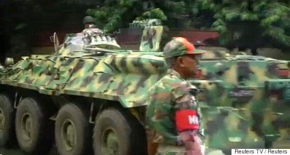방글라데시 무장 인질극, 반나절 만에
