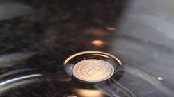 1엔 짜리 동전을 물에 띄우는
