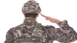 미군이 노래방 주인을 성추행하다 경찰에
