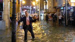 일본에서 기록적인 폭우로 4명이