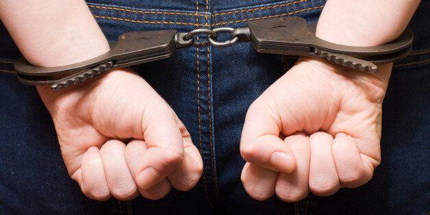 도박 빚으로 자살을 결심했던 남성이 성폭행을 시도했다가 징역형을
