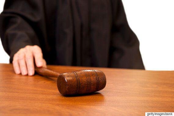 법원, 판사에게 온 외부전화 '전부'