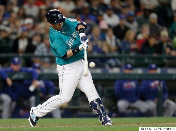 이대호가 연타석 홈런으로 시즌 10호 홈런을