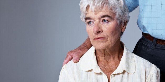 알츠하이머성 치매를 발견할 수 있는 새로운 초기 증상이