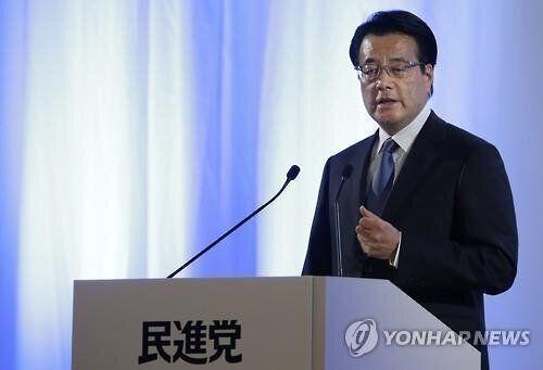 일본 야당이 '단일화'로 아베 정권과