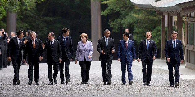 From left, Italian Premier Matteo Renzi, European Commission President Jean-Claude Juncker, French President...