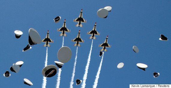 미 공군과 해군 곡예비행단 비행기가 같은날 연이어