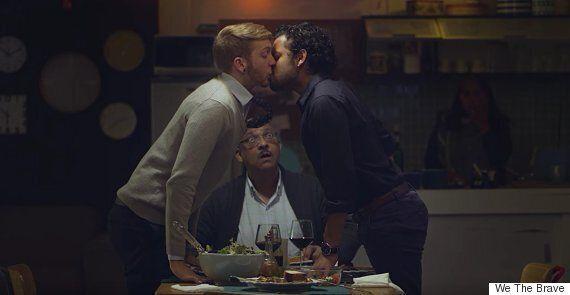 게이 '키스' 광고가 남아프리카공화국을
