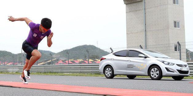 자동차-인간의 70m 달리기 대결, 인간이