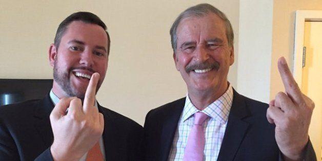 전직 멕시코 대통령, 도널드 트럼프에게 가운데 손가락을