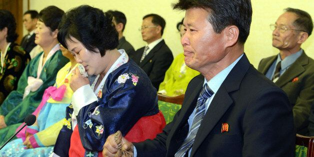 북한 조선중앙통신은 우리 정부가 북측 종업원들을 집단 유인, 납치했다고 주장하며 규탄 기자회견을 3일 인민문화궁전에서 열었다고
