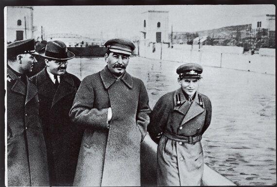 스탈린과 '속삭이는