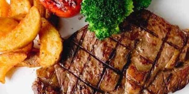 어느 집에나 있는 이것만 있으면 누구나 고기를 부드럽게 잘 익힐 수
