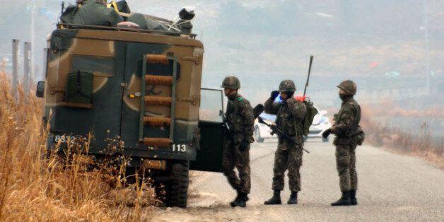 2015년 1월 전남 목포의 육군 모 부대 소속 모 일병이 근무지를 이탈해 군이 북항 일대에서 검문 검색을 벌이고