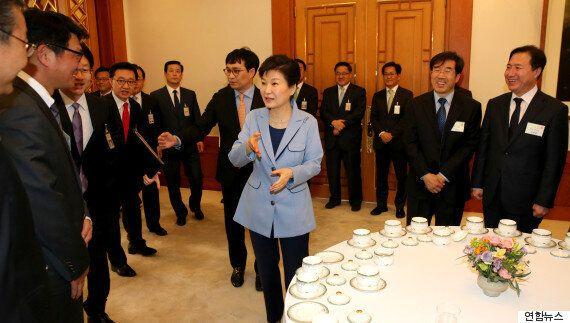 폭탄돌리기 : 청와대와 정부가 뜬금없이 '한국형 양적완화'를 추진하는 진짜