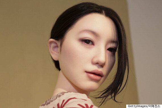일본에서 가장 최근에 제작된 '섹스돌'은 이렇게