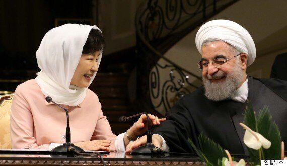 이란 국빈방문 박근혜 대통령의 '히잡' 착용은 부적절한
