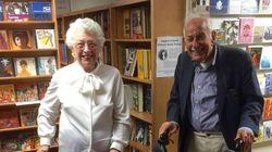 90대 할아버지와 할머니가 서점에서 소개팅을
