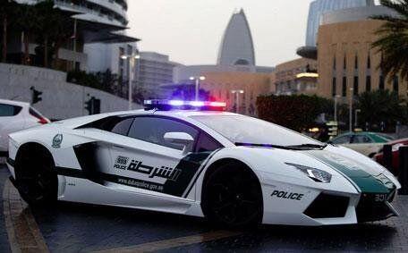 두바이에는 시속 340㎞ '슈퍼카 소방차'가