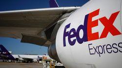 비행기에 짐 싣다 잠든 페덱스 직원, 1,300km를