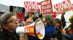 Mélenchon a rendu visite à l'ex-président brésilien Lula en