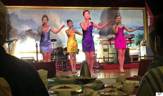 북한 해외식당 종업원 13명 집단 탈출 국내