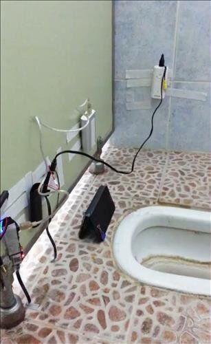 회사 화장실에 몰카 설치한 사람의 놀라운