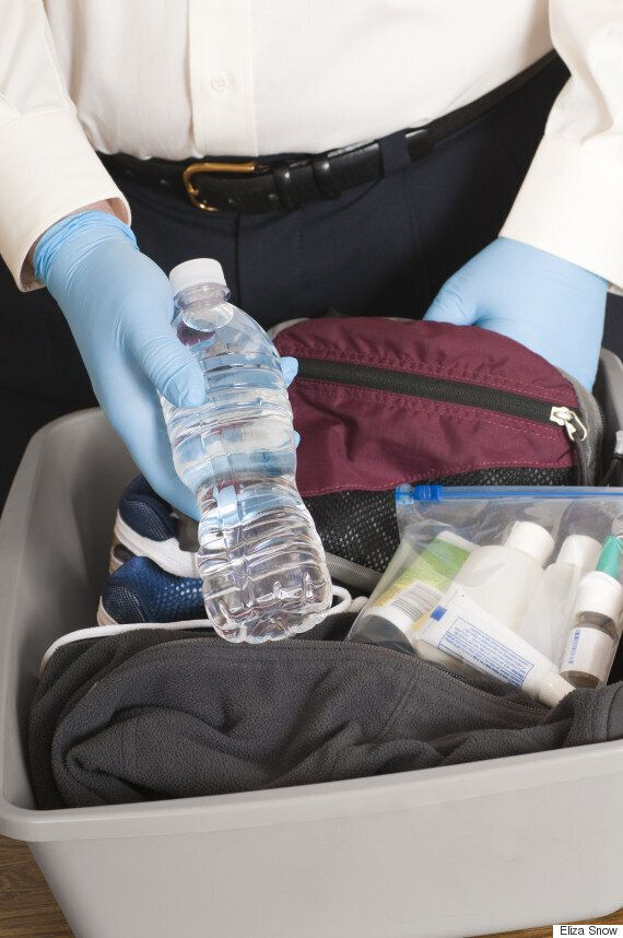 공항 면세점에서 산 음료수, 국제선 항공기에 반입
