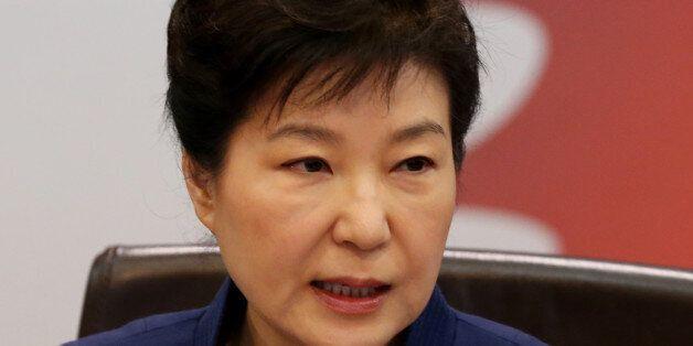 12일 청와대에서 열린 국무회의에서 발언하는 박근혜 대통령.
