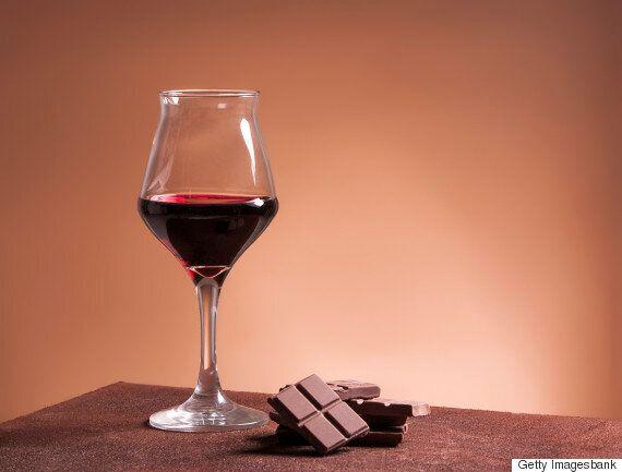 살을 빼려면 와인과 초콜릿을 먹어야 한다
